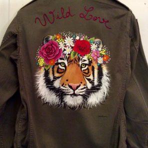 Wild love tiger